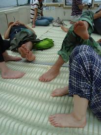 09山形04最上川みんな寝.jpg